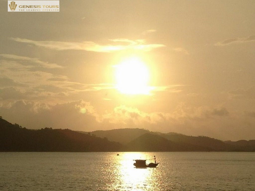 Dawn in Ngoc Vung Island