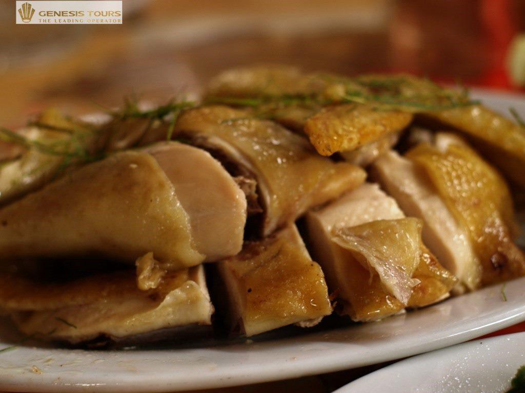 """""""Chicken Hill"""" in Tien Yen"""