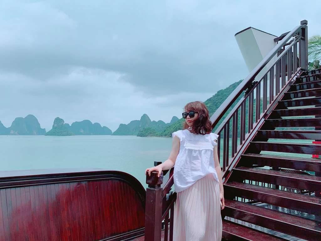 Halong Bay Luxury Cruises Tours  Genesis Cruises   Top 1